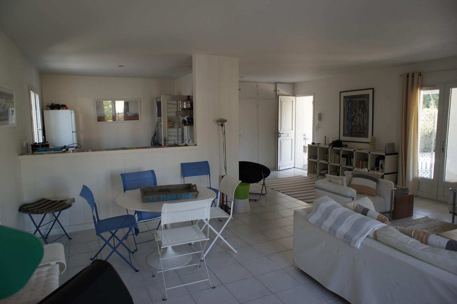 Location ile de r le bois plage en r belle villa for Cuisine 800 euros