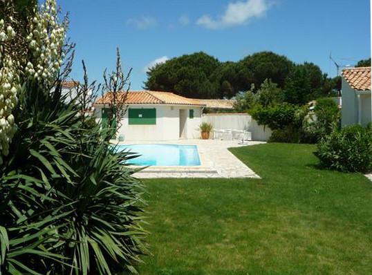 location ile de r le bois plage en r exceptionnel le boisplage belle villa avec piscine. Black Bedroom Furniture Sets. Home Design Ideas